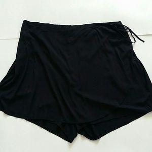 TORRID black rayon spandex  wrap front skort